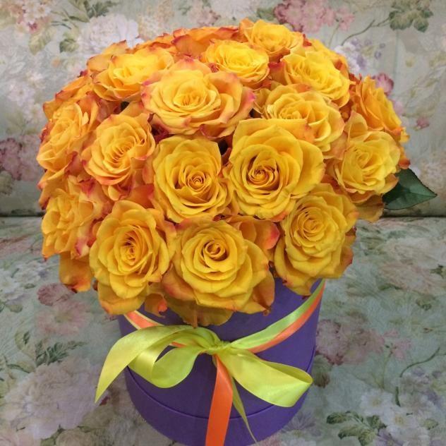 Нежная роза 25 шт в шляпной коробке