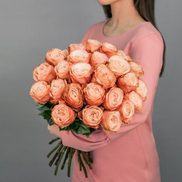 Букет из пионовидных роз Кахала